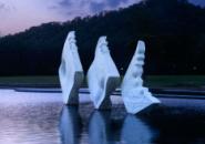 上海月湖雕塑公�@